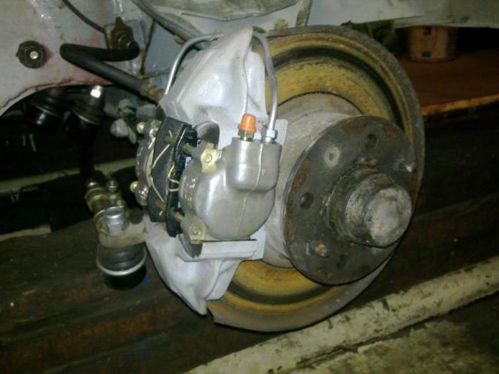 brake pedal VAZ-2106