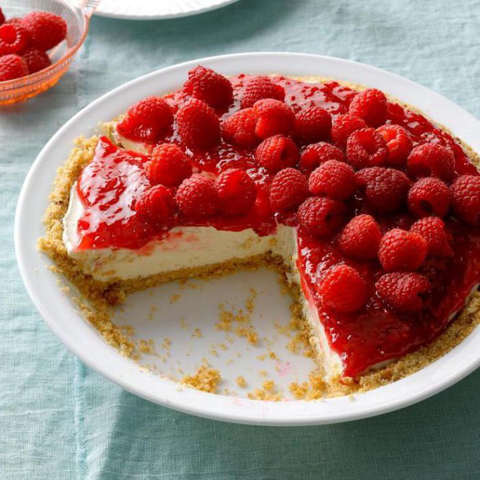 raspberry sandwich cake with sour cream