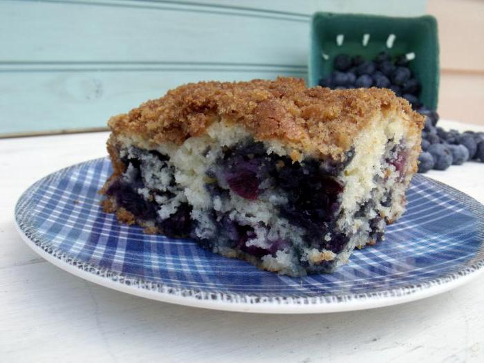 charlotte with blueberries in the oven