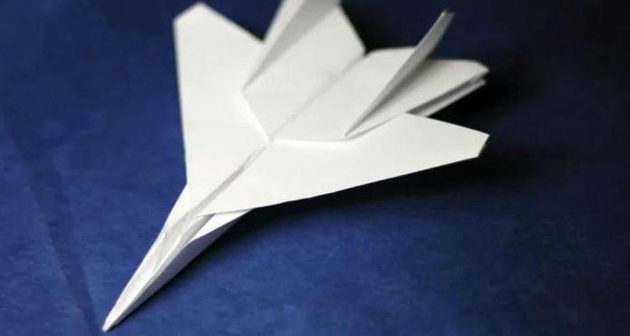 Делаем аэродинамический бумеранг в технике оригами
