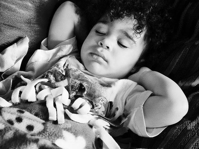 why can not photograph sleeping children answers