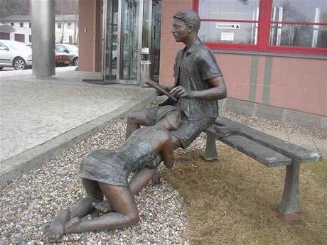 фото памятник проститутке в праге