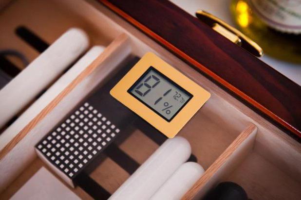 25 cigar humidor