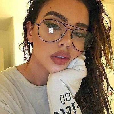 Очки с прозрачными стеклами не для зрения