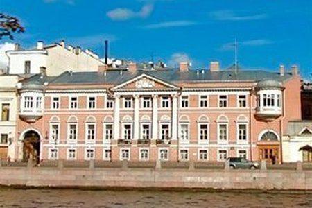 pools in St. Petersburg addresses
