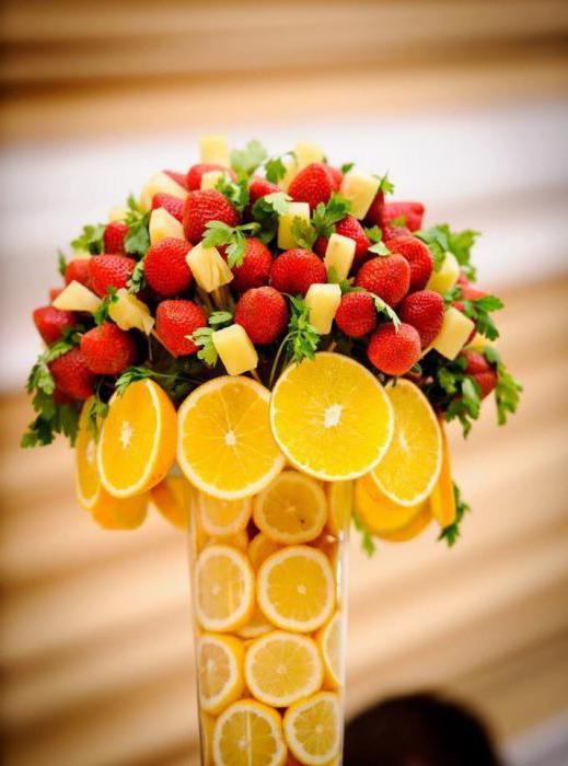 how to make a bouquet of fruit photo