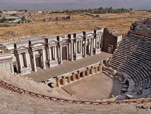 Древнегреческий театр под открытом небом