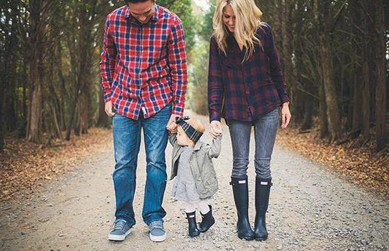 autumn family photo shoot on nature ideas