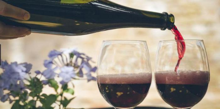 wine lambrusco red semi-sweet sparkling reviews