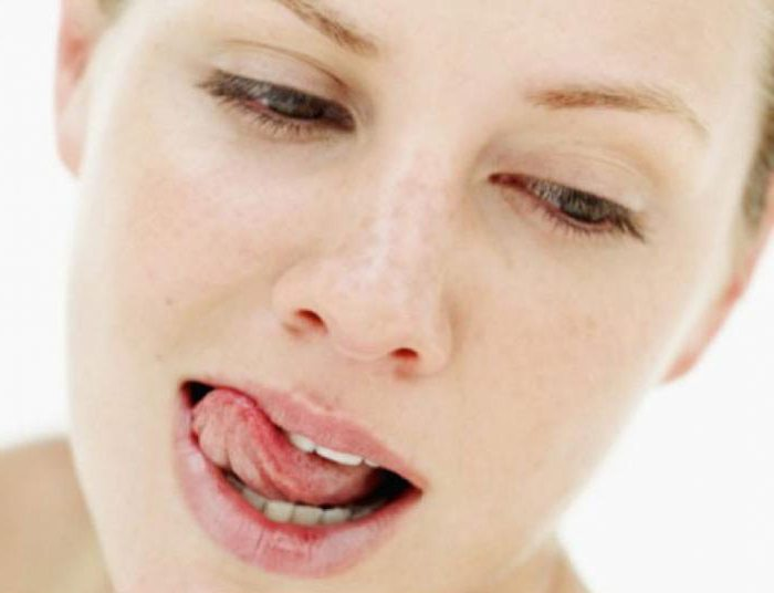 запах крови во рту после удаления зуба