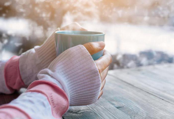 why hands and feet are cold