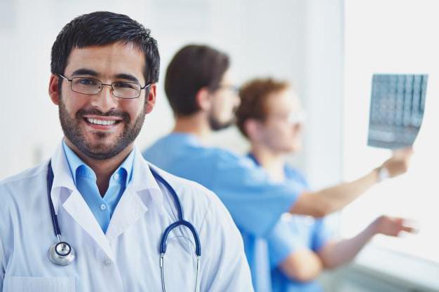 Эссе почему решила стать врачом 3707