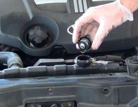 Как выгнать воздух из системы охлаждения двигателя: пошаговое описание и отзывы