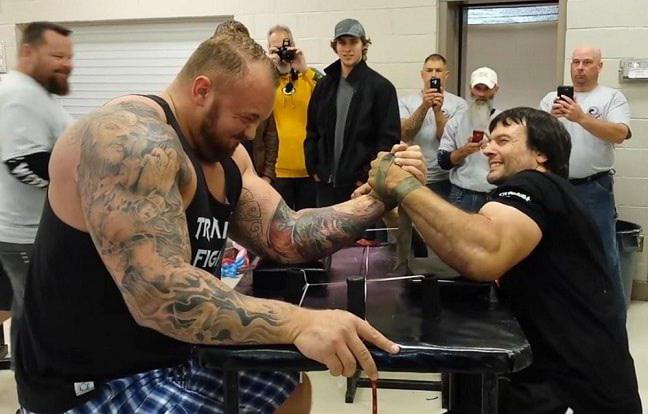arm wrestling fighting technique