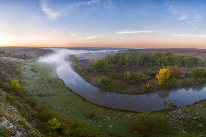 какая река впадает в азовское море название