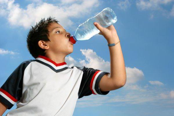 можно ли пить много воды