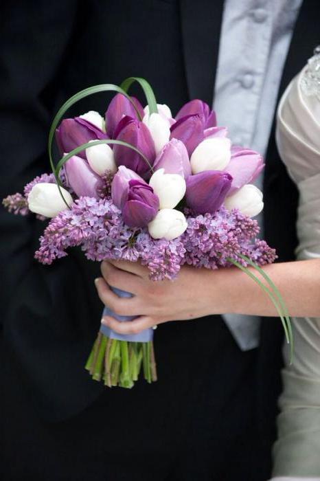 wedding bouquet of tulips