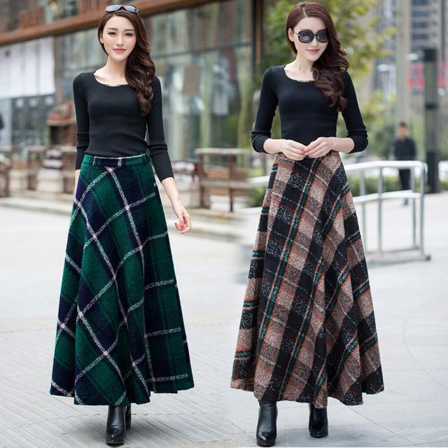 How to wear a long checkered skirt in winter