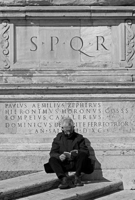 what does spqr mean in rome