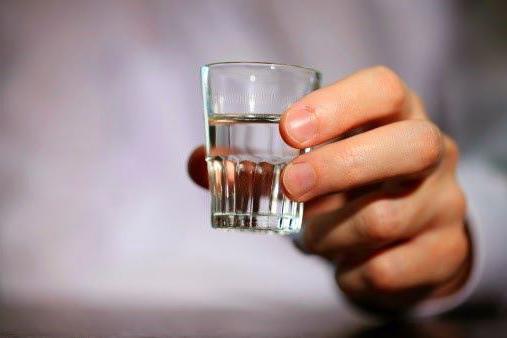 пьют ли этиловый спирт