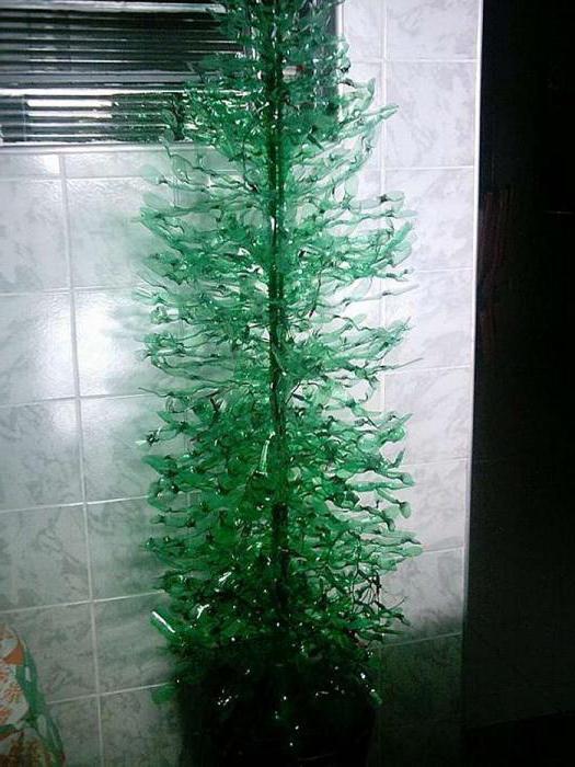 зеленые пластиковые бутылки