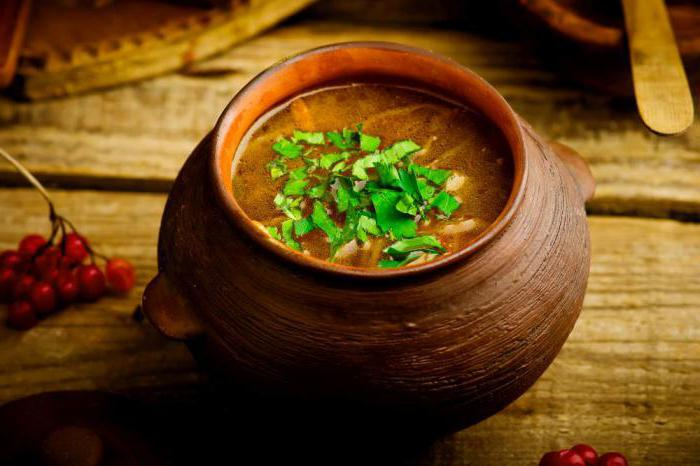 what is the difference between soup and cabbage?