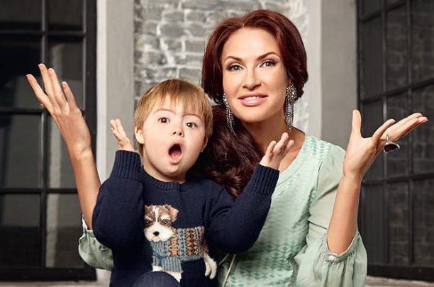 Эвелина бледанс родила ребенка с синдромом фото