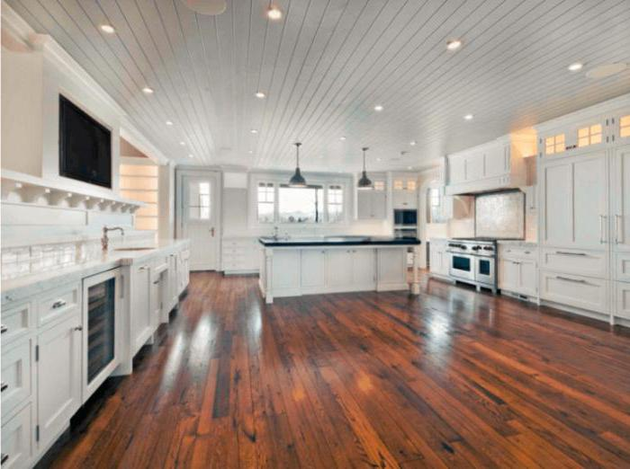what floor is better in the kitchen