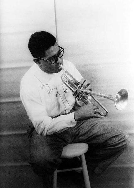 frequency radio jazz fm