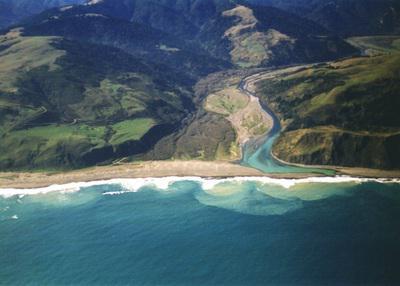 Как понять, куда течет река