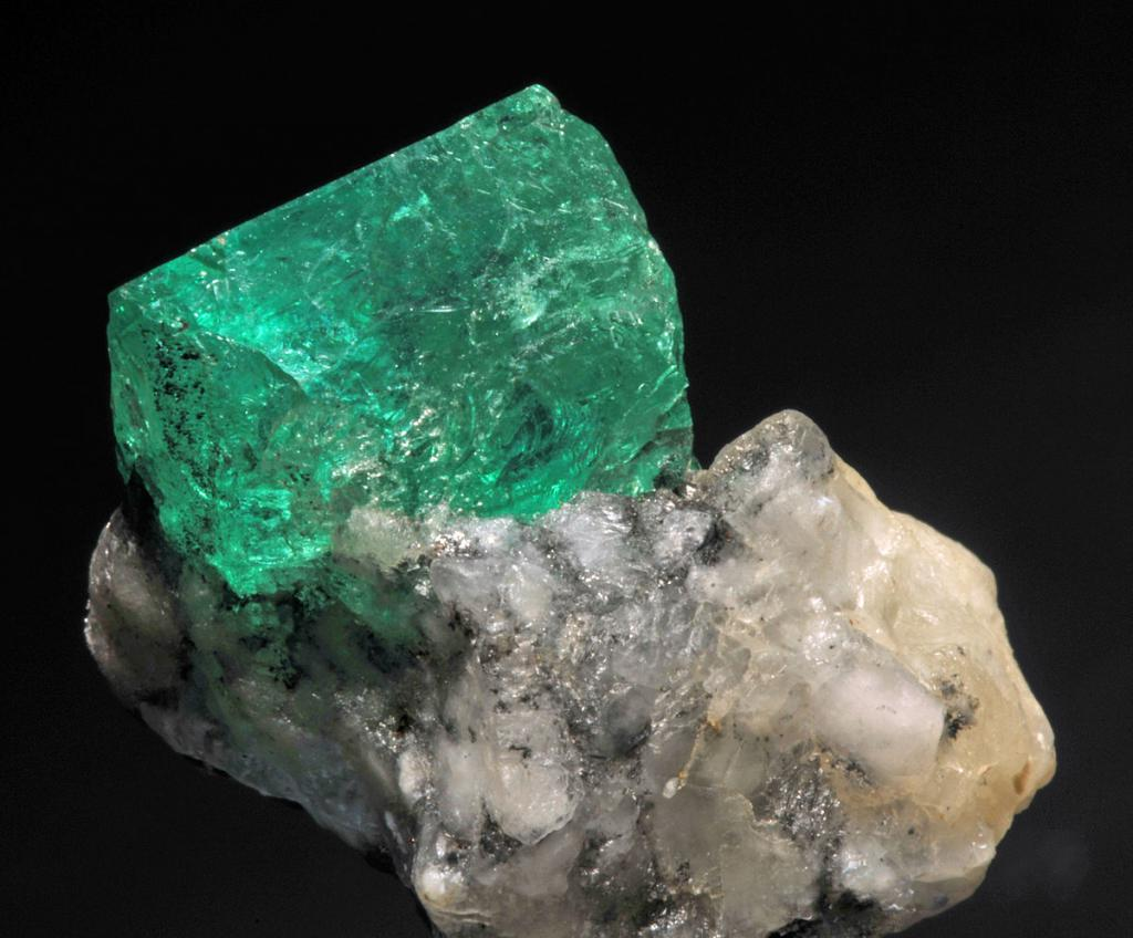 what physical properties of minerals do you know