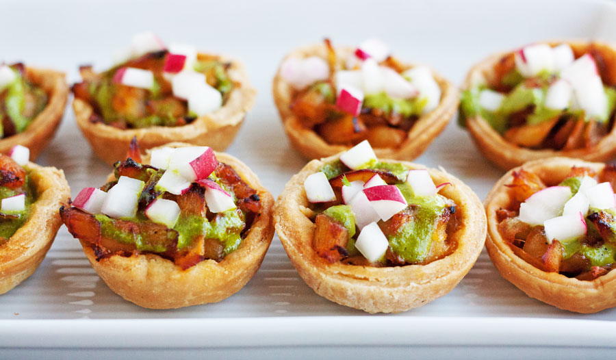 Hot vegetable tartlets