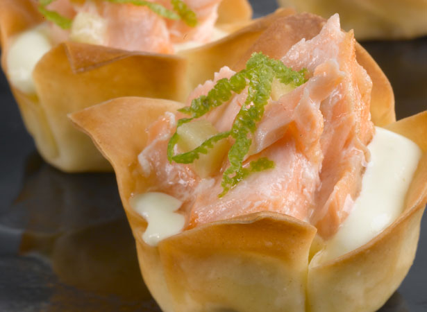 Tartlets with cheese and red fish