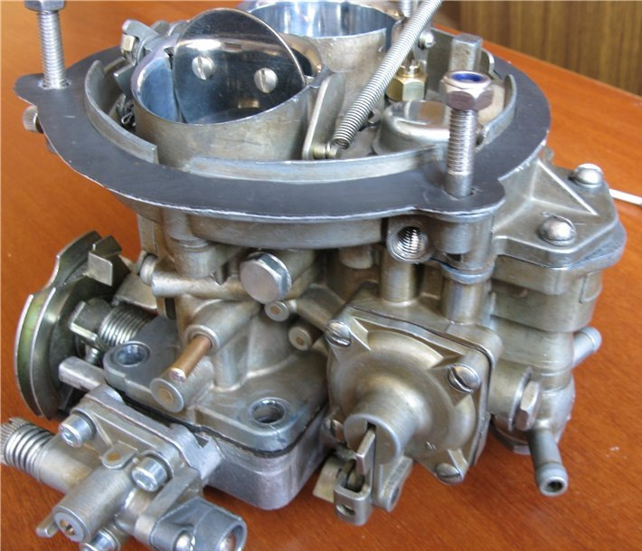 view of the carburetor to 151