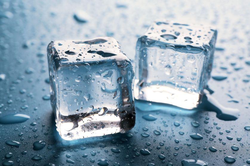 Кусочек льда картинка