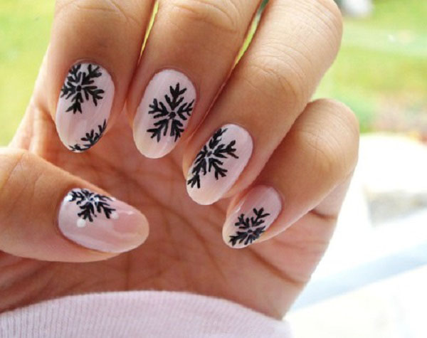 draw a snowflake on the nails step by step