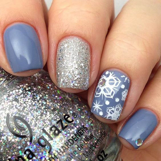 how to draw a snowflake on nails gel
