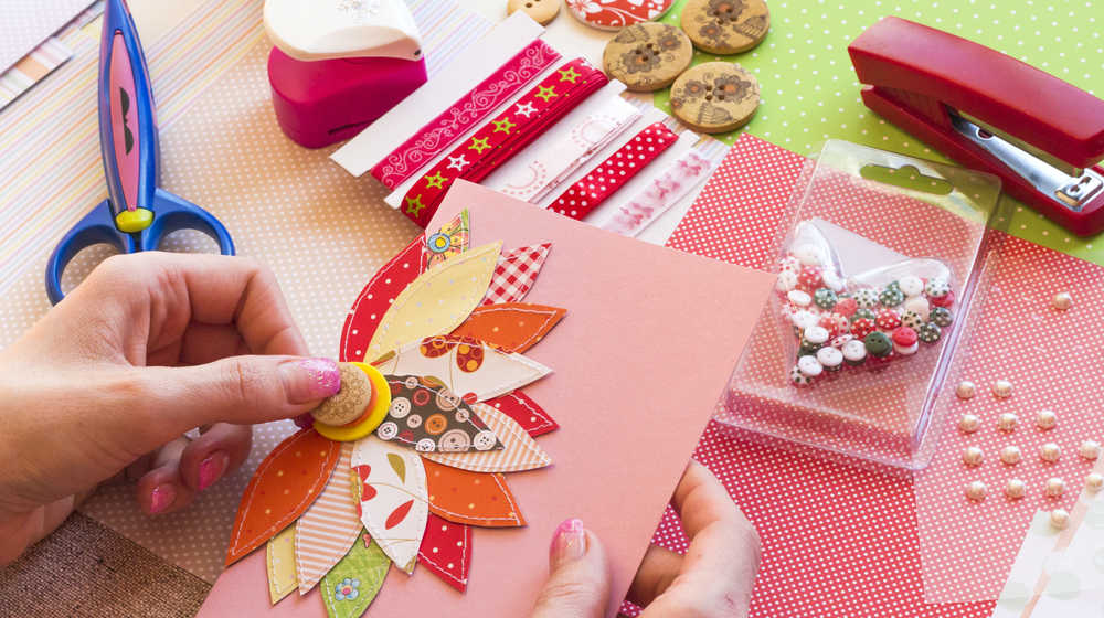 scrapbooking hobby essay Scrapbooking sculpting sewing soap making tattoo woodworking games arcade games sewing is a terrific hobby to start out with no matter if you are young or old.