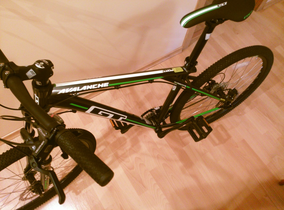 gt avalanche sport bike