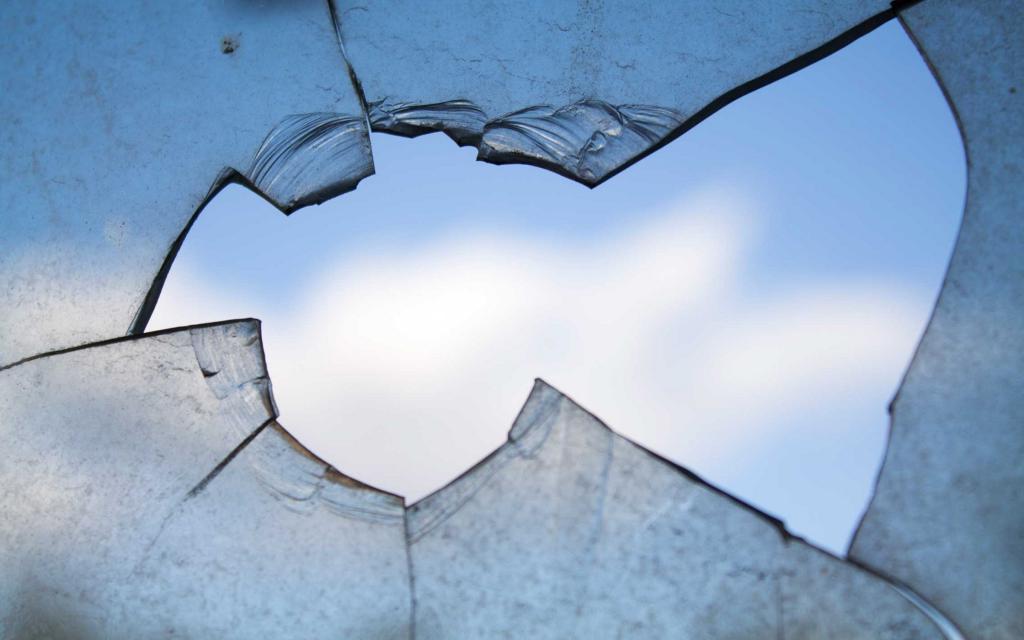 разбитые стекла во сне сонник
