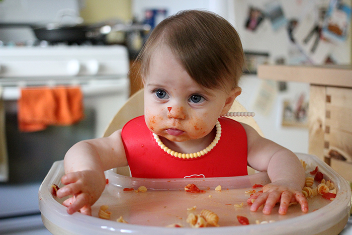 what can a baby do at 8 months