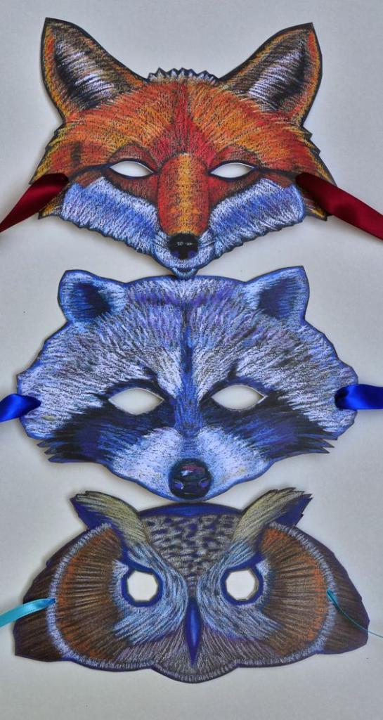 как раскрасить маски мелками