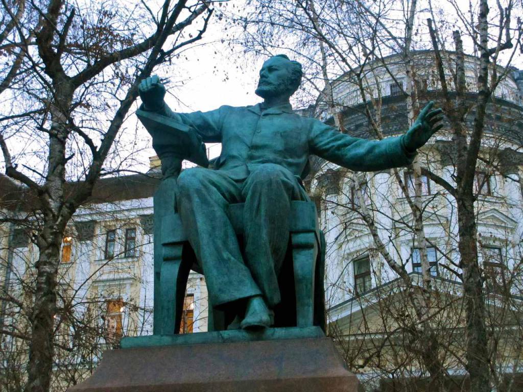 отвлечемся зимы фотографии памятники чайковскому слышали