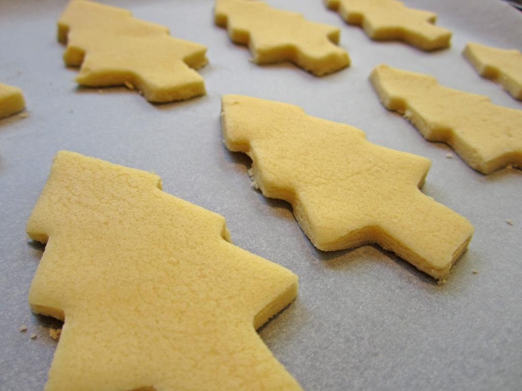 "Figured cookies ""Christmas trees"""