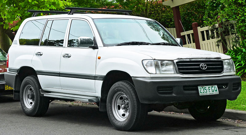 land cruiser 105 specifications