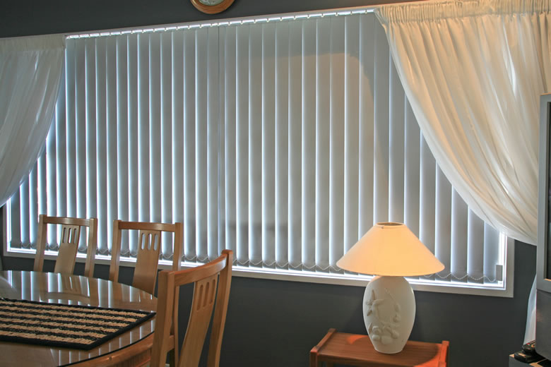 installing vertical blinds