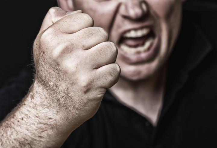 агрессия подростков
