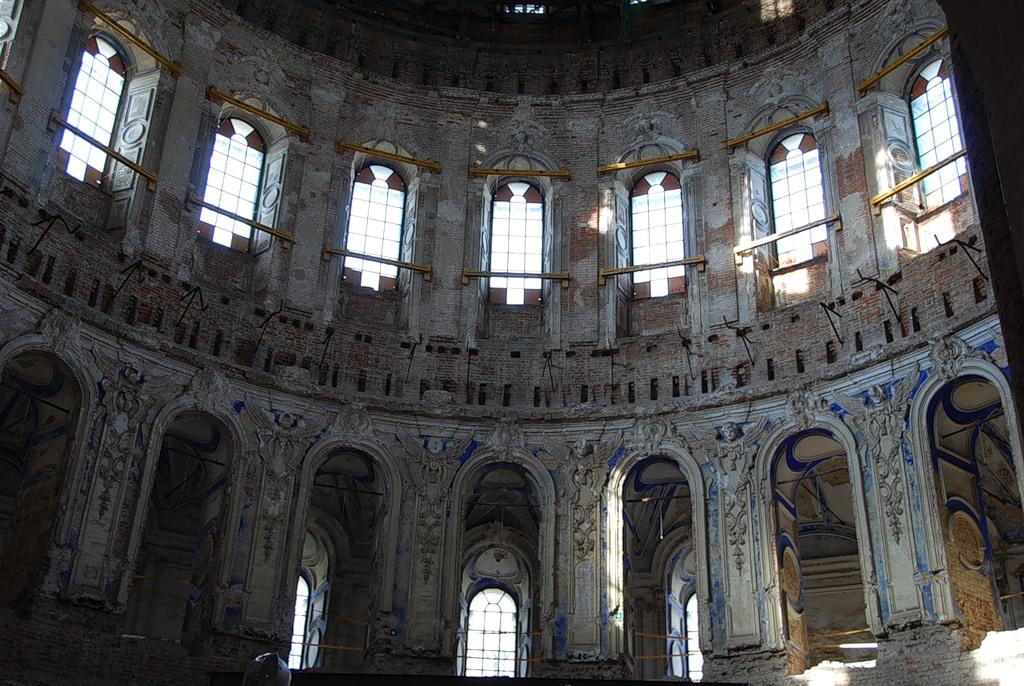 Интерьер Воскресенского собора