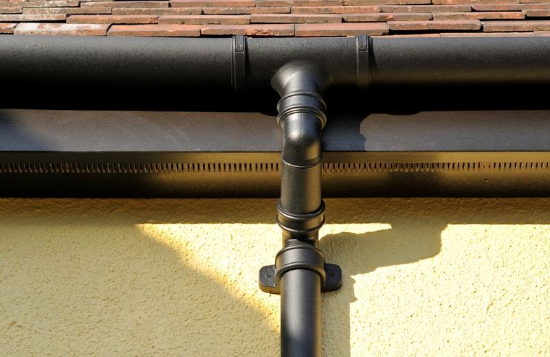 metal drainpipes