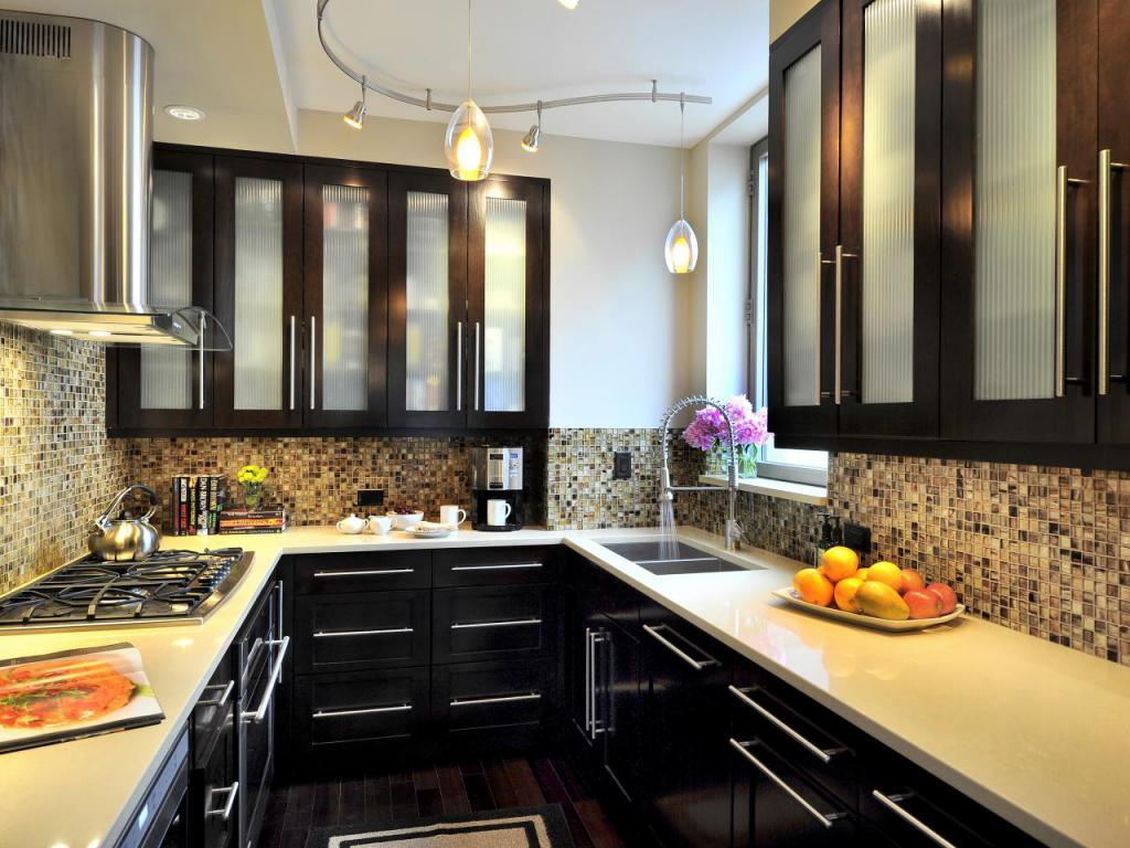 П-образное расположение мебели в дизайне кухни